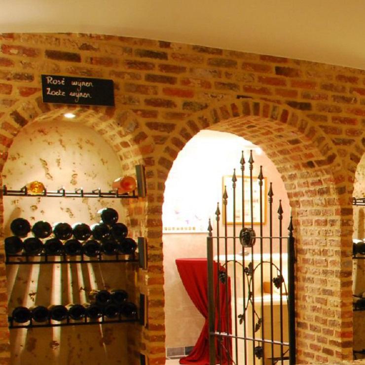 Wijnkelder 6